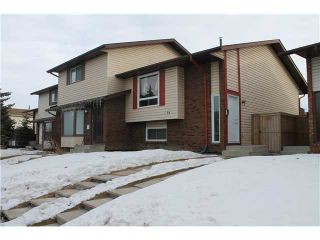 Photo 1: 39 Castlebrook Way NE in Calgary: Castleridge House for sale : MLS®# C3555411