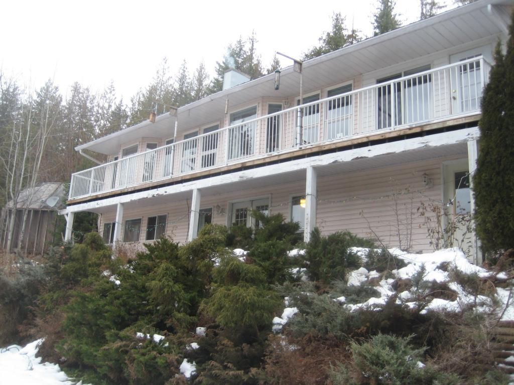 Main Photo: 2658 Vickers Trail in Anglemont: House for sale : MLS®# 10039744