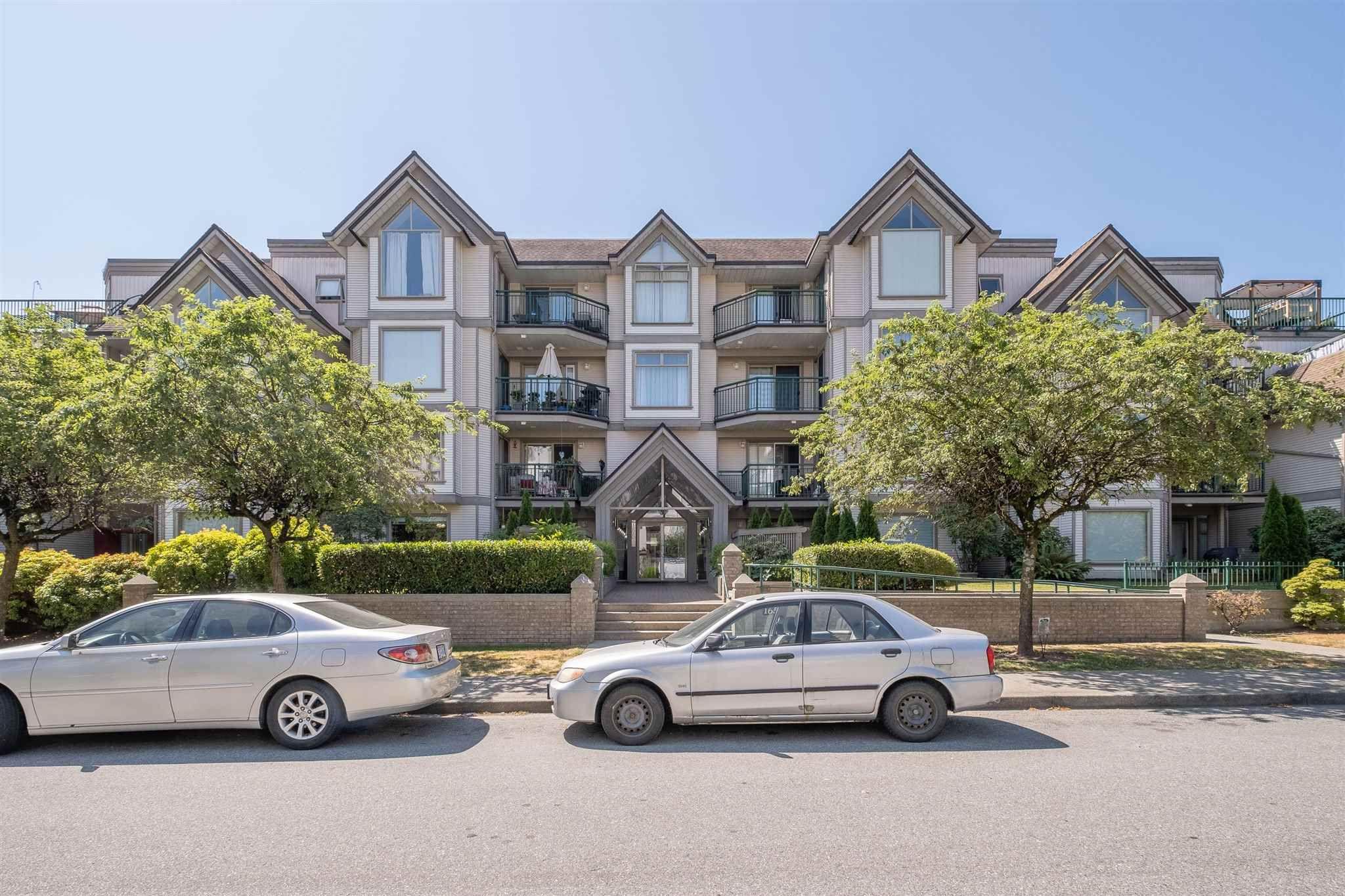 "Main Photo: 210 1650 GRANT Avenue in Port Coquitlam: Glenwood PQ Condo for sale in ""FORESTSIDE"" : MLS®# R2599585"