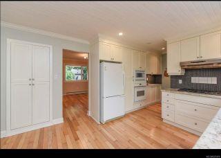 Photo 7: 215 Marida Pl in COMOX: CV Comox (Town of) House for sale (Comox Valley)  : MLS®# 825409