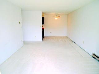 """Photo 7: 303 4373 HALIFAX Street in Burnaby: Brentwood Park Condo for sale in """"BRENT GARDENS"""" (Burnaby North)  : MLS®# V904072"""