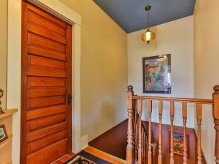 """Photo 12: 1976 NAPIER Street in Vancouver: Grandview VE House for sale in """"COMMERCIAL DRIVE"""" (Vancouver East)  : MLS®# R2082902"""
