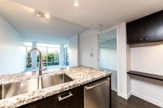 "Photo 5: 203 1455 GEORGE Street: White Rock Condo for sale in ""Avra"" (South Surrey White Rock)  : MLS®# R2510958"