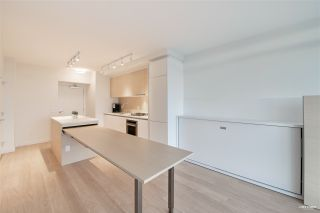 "Photo 8: 2006 657 WHITING Way in Coquitlam: Coquitlam West Condo for sale in ""LOUGHEED HEIGHT 1"" : MLS®# R2517370"