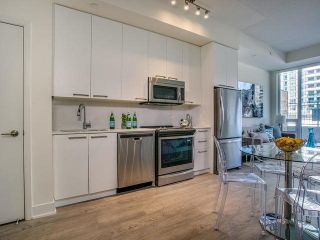 Photo 4: Th 12 30 Roehampton Avenue in Toronto: Mount Pleasant West Condo for sale (Toronto C10)  : MLS®# C3711969