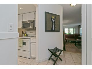 """Photo 7: 101 1341 GEORGE Street: White Rock Condo for sale in """"Oceanview"""" (South Surrey White Rock)  : MLS®# R2600581"""