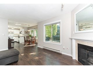"""Photo 8: 202 2709 VICTORIA Drive in Vancouver: Grandview VE Condo for sale in """"VICTORIA COURT"""" (Vancouver East)  : MLS®# V1132733"""