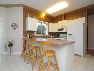 Photo 18: 201 2727 1st St in COURTENAY: CV Courtenay City Row/Townhouse for sale (Comox Valley)  : MLS®# 716740