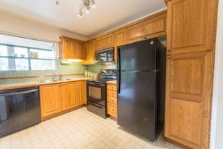Photo 3: 204 3788 W 8TH Avenue in Vancouver: Point Grey Condo for sale (Vancouver West)  : MLS®# R2297649