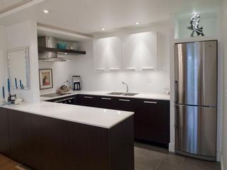 Photo 4: 207 2211 2ND Ave W in Vancouver West: Home for sale : MLS®# V997595