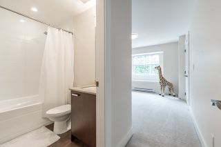 """Photo 13: 109 3382 VIEWMOUNT Drive in Port Moody: Port Moody Centre Townhouse for sale in """"LILLIUM VILLAS"""" : MLS®# R2155402"""