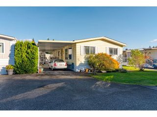 "Photo 2: 84 2270 196 Street in Langley: Brookswood Langley Manufactured Home for sale in ""Pineridge Park"" : MLS®# R2511479"