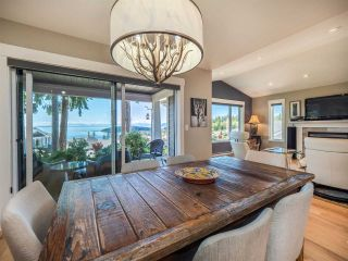"""Photo 10: 5557 PEREGRINE Crescent in Sechelt: Sechelt District House for sale in """"SilverStone Heights"""" (Sunshine Coast)  : MLS®# R2492023"""
