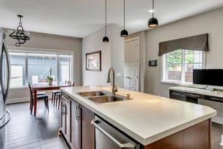 Photo 7: 2012 20 Avenue NW in Calgary: Banff Trail Detached for sale : MLS®# A1061781