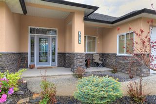 Photo 3: 3077 Stoneridge Drive in West Kelowna: Smith Creek House for sale (Central Okanagan)  : MLS®# 10138371