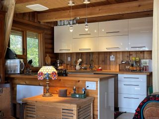 Photo 7: 3701 Starboard Cres in : GI Pender Island House for sale (Gulf Islands)  : MLS®# 872731