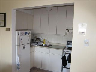 """Photo 5: 308 2025 W 2ND Avenue in Vancouver: Kitsilano Condo for sale in """"SEABREEZE"""" (Vancouver West)  : MLS®# V881993"""