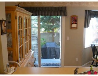 """Photo 4: 23 15450 101A Avenue in Surrey: Guildford Townhouse for sale in """"canterbury"""" (North Surrey)  : MLS®# F2920871"""