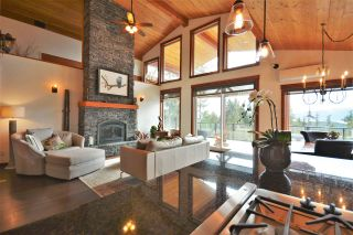 "Photo 9: 4227 JOHNSTON HEIGHTS Drive in Garden Bay: Pender Harbour Egmont House for sale in ""Daniel Point"" (Sunshine Coast)  : MLS®# R2562184"