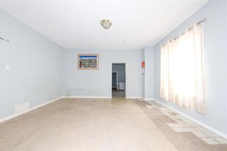 Photo 11: 427 College Avenue in Winnipeg: North End Residential for sale (4A)  : MLS®# 202110127