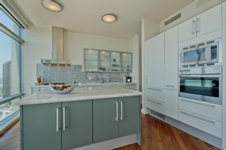 Photo 11: DOWNTOWN Condo for sale : 3 bedrooms : 165 6th Ave #2703 in San Diego