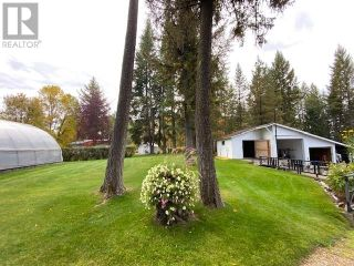 Photo 4: 3932 LOLOFF CRESCENT in Quesnel: House for sale : MLS®# R2625453