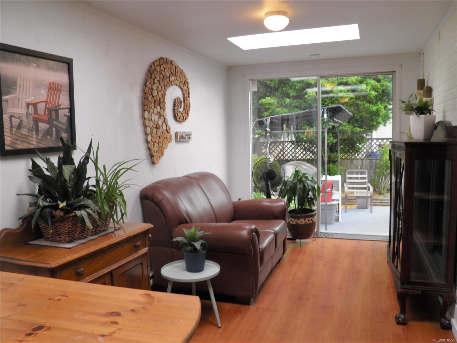 Photo 11: Photos: 56 390 Cowichan Ave in : CV Courtenay East Manufactured Home for sale (Comox Valley)  : MLS®# 878554