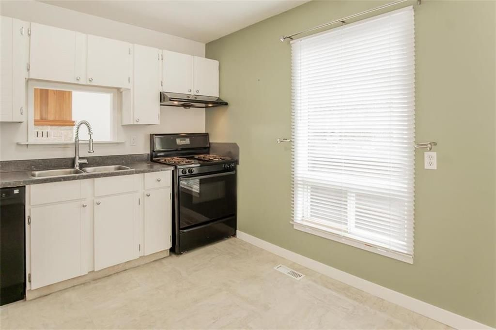 Photo 9: Photos: 31 Lamirande Place in Winnipeg: Richmond Lakes Residential for sale (1Q)  : MLS®# 202119515
