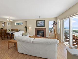 "Photo 4: 4846 BLUEGROUSE Drive in Sechelt: Sechelt District House for sale in ""DAVIS BAY"" (Sunshine Coast)  : MLS®# R2348043"