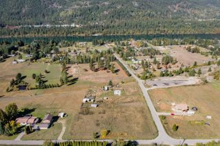 Photo 7: 957 DIVISION ROAD in Castlegar: Vacant Land for sale : MLS®# 2461253