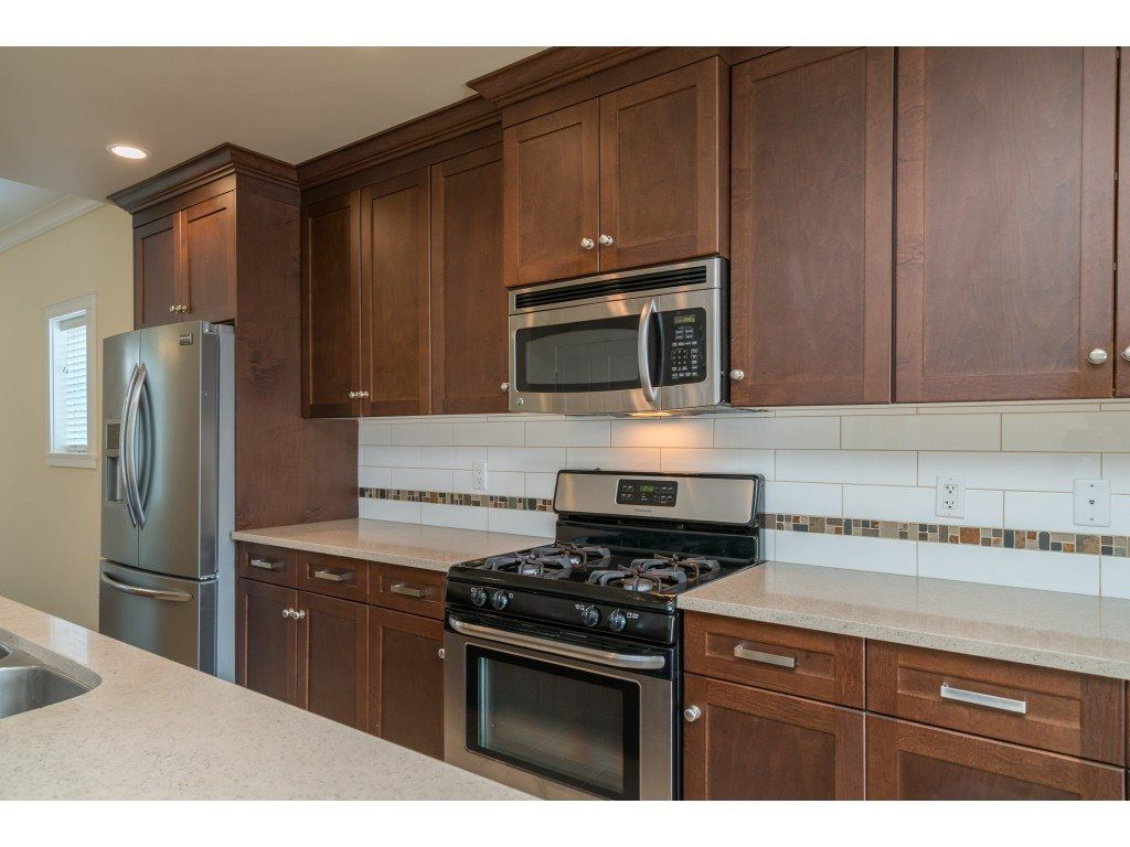 """Photo 9: Photos: 20 45290 SOOWAHLIE Crescent in Chilliwack: Vedder S Watson-Promontory Townhouse for sale in """"PARK GATE"""" (Sardis)  : MLS®# R2504306"""