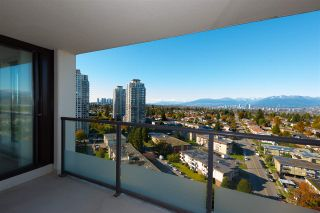 """Photo 4: 2201 7325 ARCOLA Street in Burnaby: Highgate Condo for sale in """"ESPRIT 2"""" (Burnaby South)  : MLS®# R2522459"""