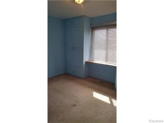 Photo 7: 512 Melbourne Avenue in Winnipeg: East Kildonan Residential for sale (North East Winnipeg)  : MLS®# 1606328