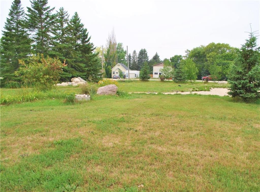 Main Photo: 51 Pierson Drive in Tyndall: R03 Residential for sale : MLS®# 202119564