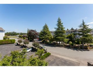"""Photo 11: 201 5375 205 Street in Langley: Langley City Condo for sale in """"Glenmont Park"""" : MLS®# R2482379"""