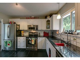 "Photo 8: 20914 ALPINE Crescent in Maple Ridge: Northwest Maple Ridge House for sale in ""CHILCOTIN"" : MLS®# V1024092"