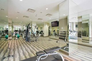 """Photo 14: 704 10777 UNIVERSITY Drive in Surrey: Whalley Condo for sale in """"CITY POINT TOWER 1"""" (North Surrey)  : MLS®# R2237495"""