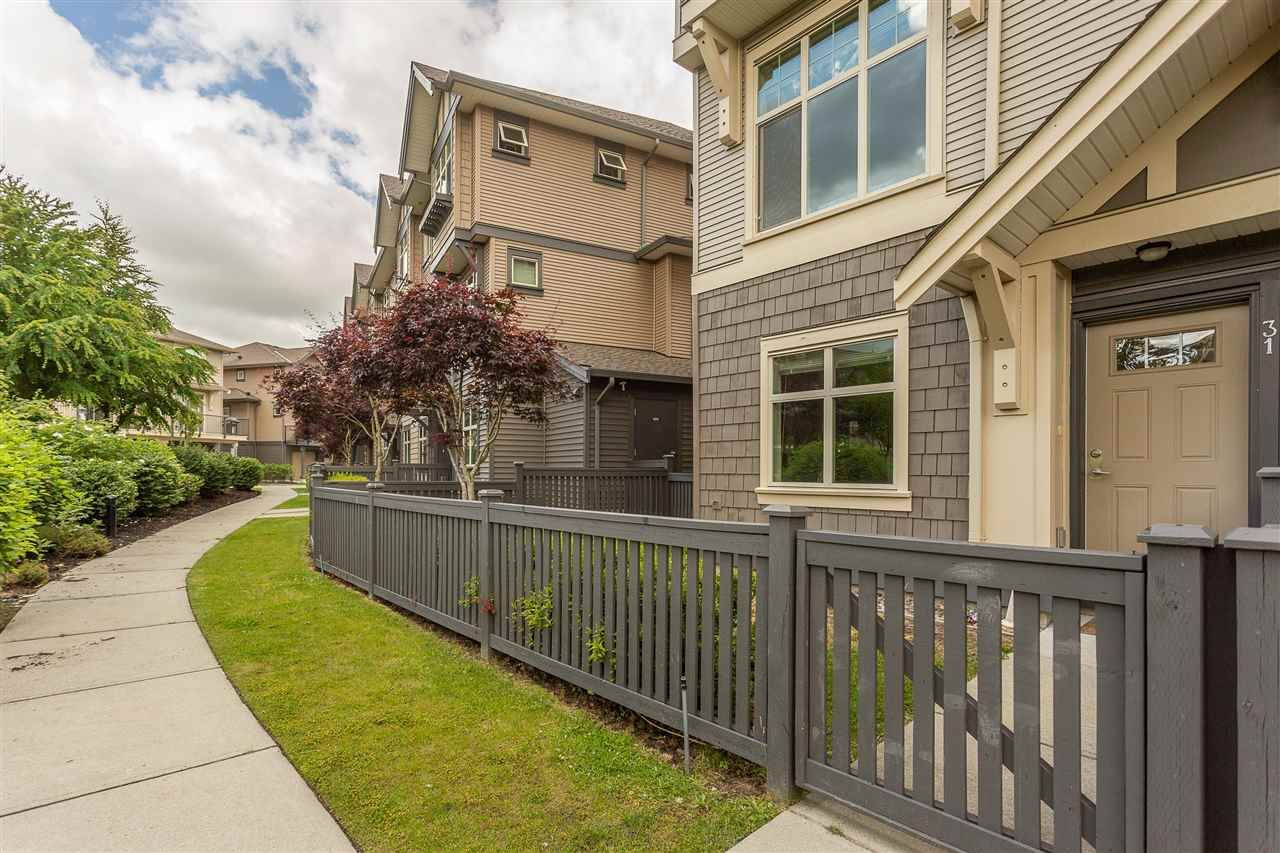 """Main Photo: 31 31125 WESTRIDGE Place in Abbotsford: Abbotsford West Townhouse for sale in """"Kinfield"""" : MLS®# R2377507"""