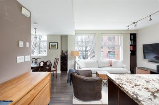"""Photo 2: 1009 HOMER Street in Vancouver: Yaletown Townhouse for sale in """"The Bentley"""" (Vancouver West)  : MLS®# R2542443"""