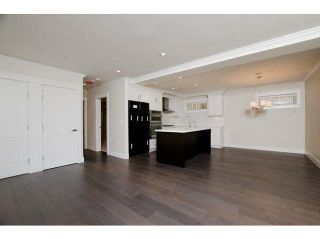 Photo 3: 2437 W 5TH AV in Vancouver: Kitsilano Condo for sale (Vancouver West)  : MLS®# V1053746