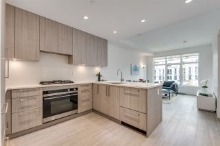 """Photo 2: 201 733 E 3RD Street in North Vancouver: Lower Lonsdale Condo for sale in """"Green on Queensbury"""" : MLS®# R2442684"""