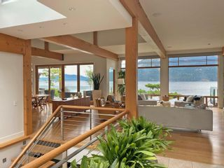 Photo 4: 702 Lands End Rd in : NS Lands End House for sale (North Saanich)  : MLS®# 876592