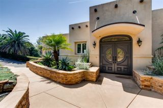 Photo 3: MOUNT HELIX House for sale : 3 bedrooms : 9443 Alto in La Mesa