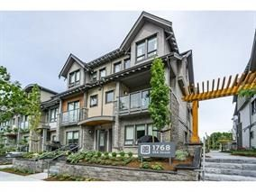 Photo 2: 314 1768 55A STREET in Tsawwassen: Tsawwassen Central Townhouse for sale : MLS®# R2159880