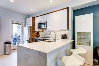 Photo 10: 56 6528 DENBIGH Avenue in Burnaby: Forest Glen BS Townhouse for sale (Burnaby South)  : MLS®# R2439162