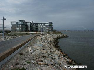 "Photo 9: 102 14100 RIVERPORT Way in Richmond: East Richmond Condo for sale in ""WATERSTONE PIER"" : MLS®# V846294"