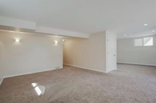 Photo 30: 102 Crestbrook Hill SW in Calgary: Crestmont Detached for sale : MLS®# A1100140