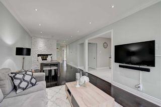 Photo 3: 17 Chapman Avenue in Toronto: O'Connor-Parkview House (Bungalow) for sale (Toronto E03)  : MLS®# E4904618