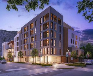 Photo 3: 602 1360 VICTORIA Street in Squamish: Downtown SQ Condo for sale : MLS®# R2478903