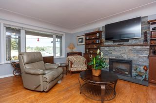 Photo 4: 253 Glenairlie Dr in : VR View Royal House for sale (View Royal)  : MLS®# 866814